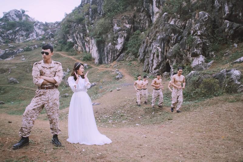 Phong cách chụp ảnh cưới này thì để có được bộ ảnh ưng ý cần phải lựa chọn được concept cho phù hợp.