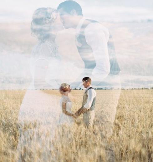 Ảnh cưới độc lạ không đụng hàng với ai theo nhiều phong cách khác nhau đã tạo ra một cơn sốt đối với các cặp đôi.