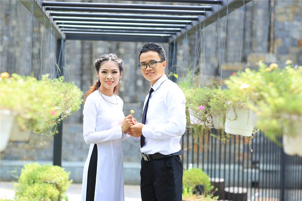 Ảnh cưới chụp phim trường
