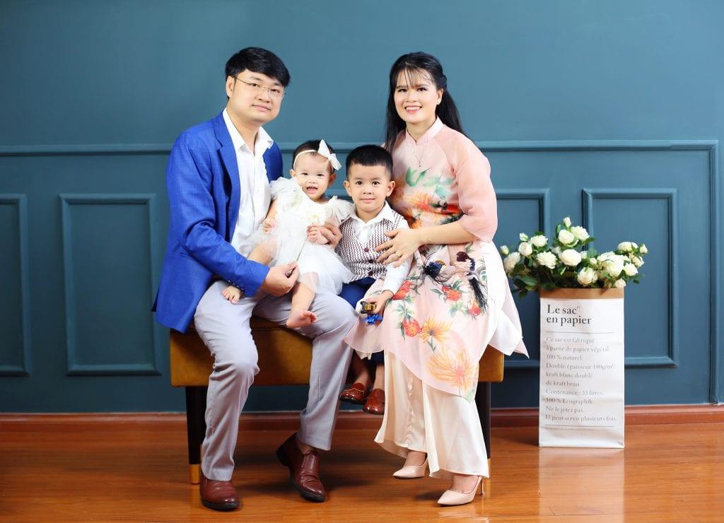 Ảnh chụp gia đình tại 9X STUDIO