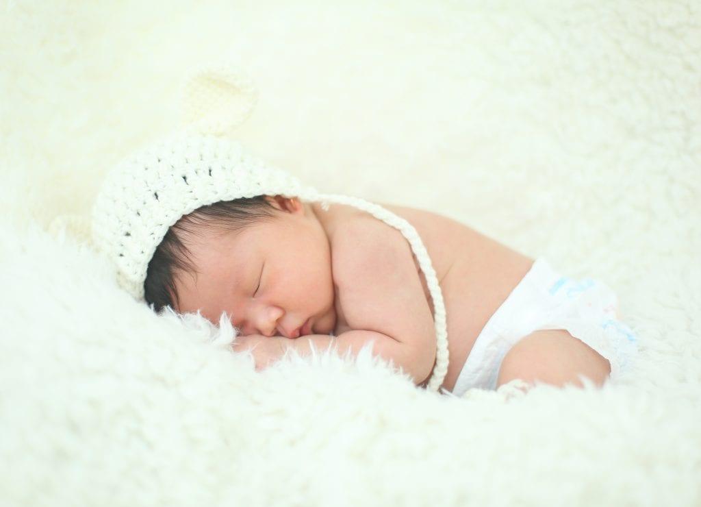 Chụp ảnh Newborn cho bé